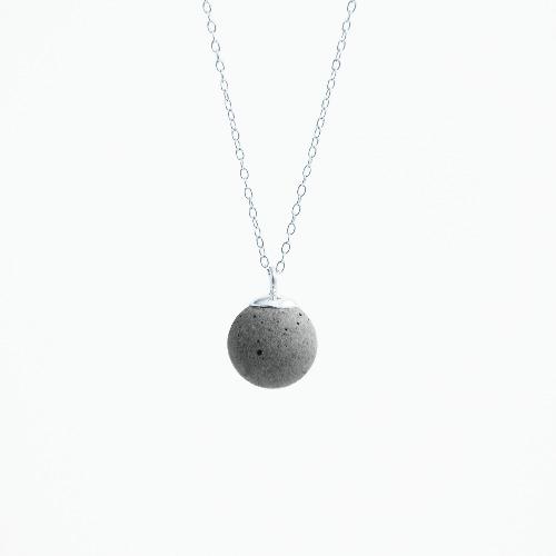 月球水泥項鍊/頸鏈 - 星球系列
