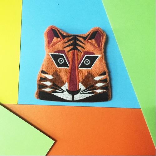橙色老虎羊毛針織刺繡散子包