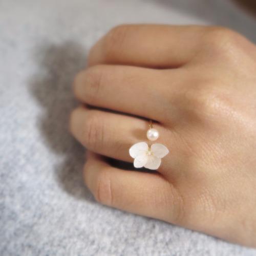 (Special Sale)白色綉球花戒指!原價為178