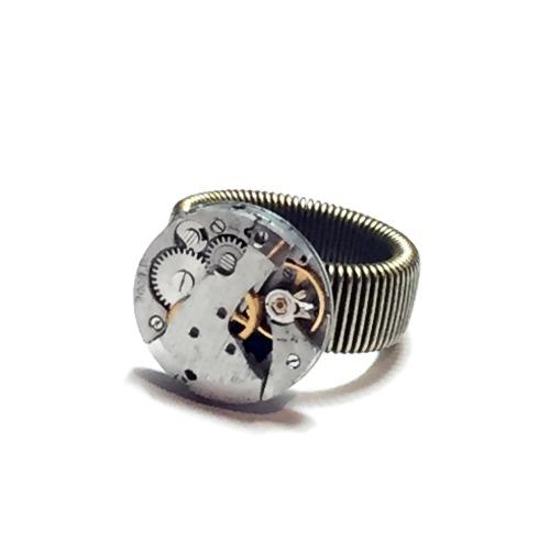 Steampunk 機芯戒指 wheel