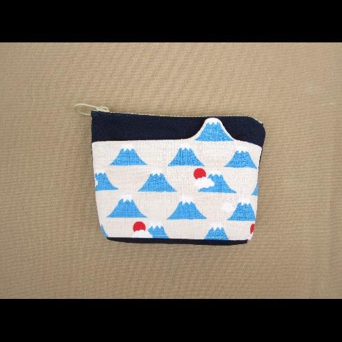 1+1=5/造型口袋零錢包/富士山白