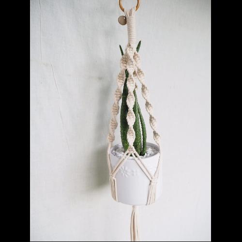 【生活小風景•手工編織植物吊籃•象牙白•縲旋編織花紋】