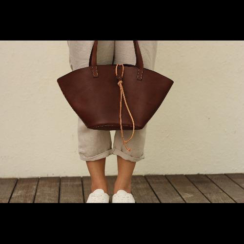 Minimalsite 手工縫製手提包/托特包