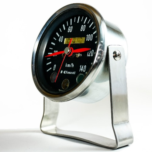 經典檔車時速表再製桌鐘