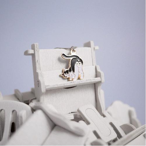 黑白 面具 貓 淺金色  頸鏈 項鍊 首飾 金玉敬禮