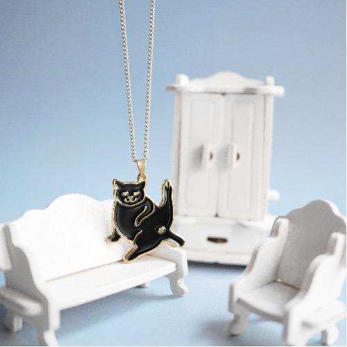 黑 貓 金色 長頸鏈 項鍊 首飾 中指敬禮
