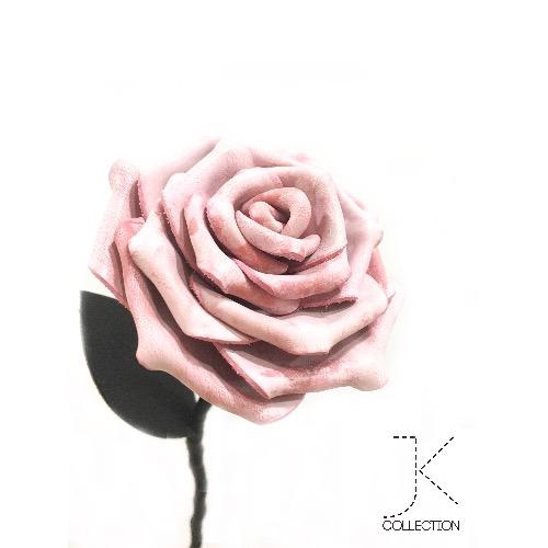 霜降粉紅皮革玫瑰