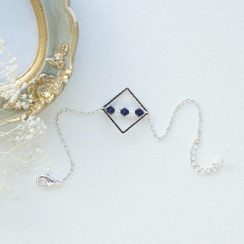 【Honeywood】正方環 Swarovski 藍.白水晶串手鍊