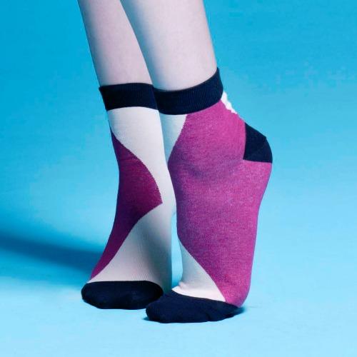 棉襪-女生襪子-簡約襪子- 紫色短襪