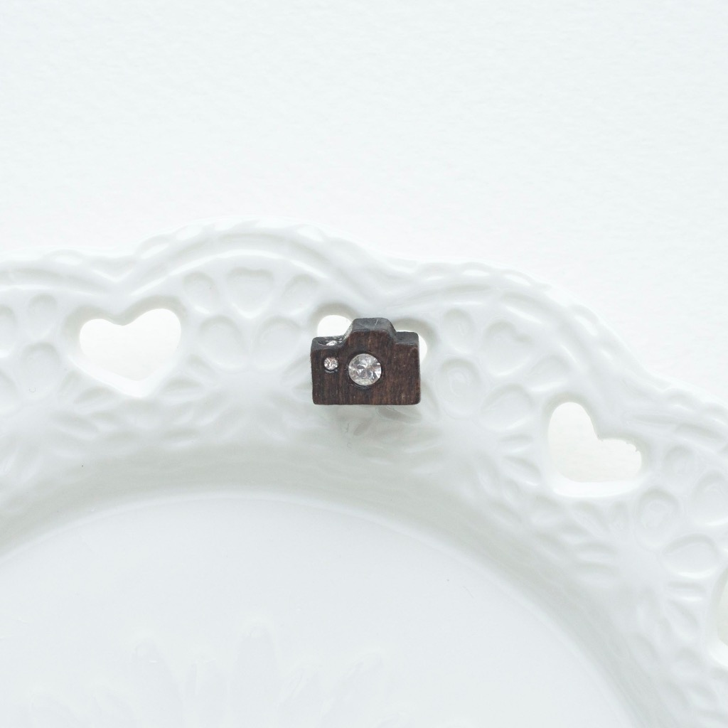 【相機】木製耳環/925純銀針托 (1隻)