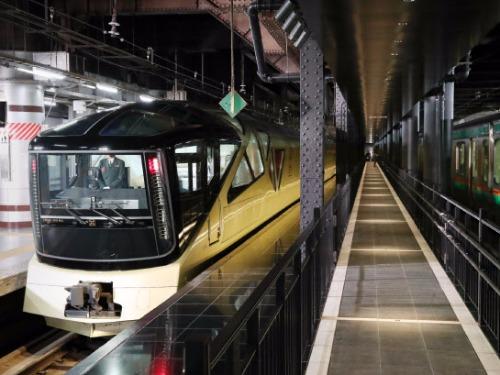 法拉利日籍設計師為JR東日本打造如哈利波特般的魔法豪華列車