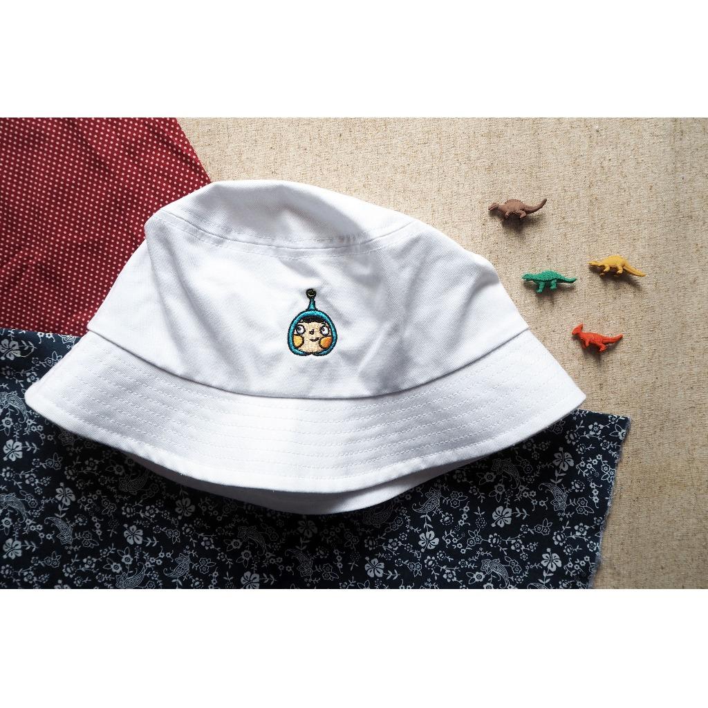 藍呵刺繡漁夫帽(白色)