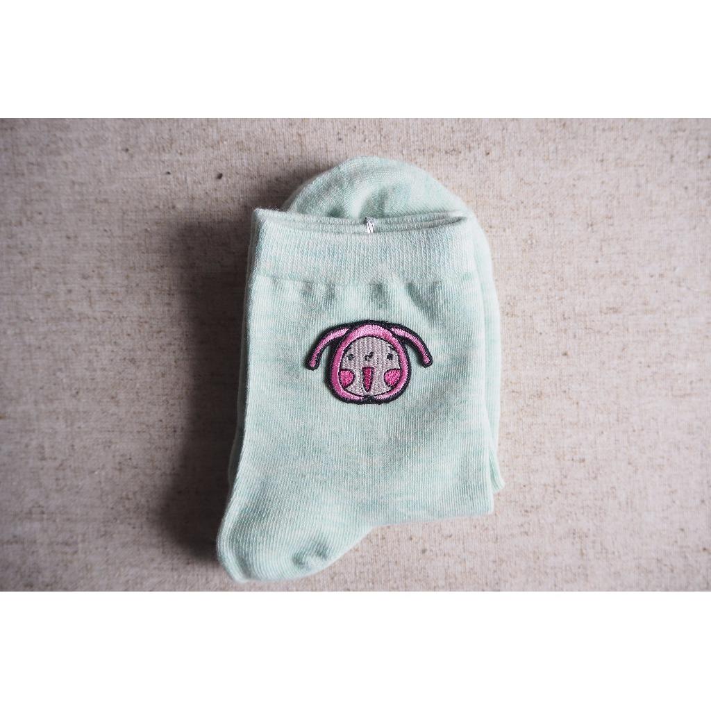 【呵呵與藍呵】刺繡襪子