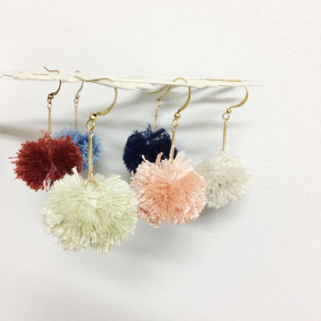 老林雜貨Travelin-妳的水果時尚 日本繡線手工毛球耳環 黃銅耳環 (可改夾式)多色 耳夾