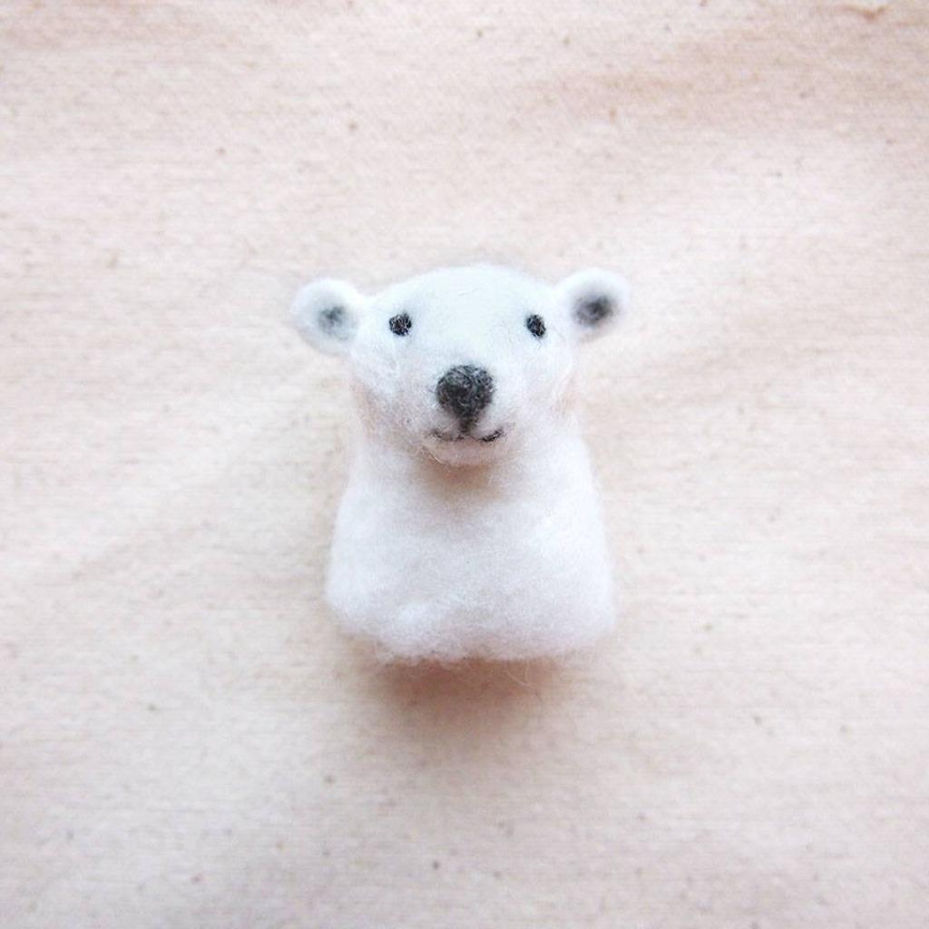 北極熊 胸針