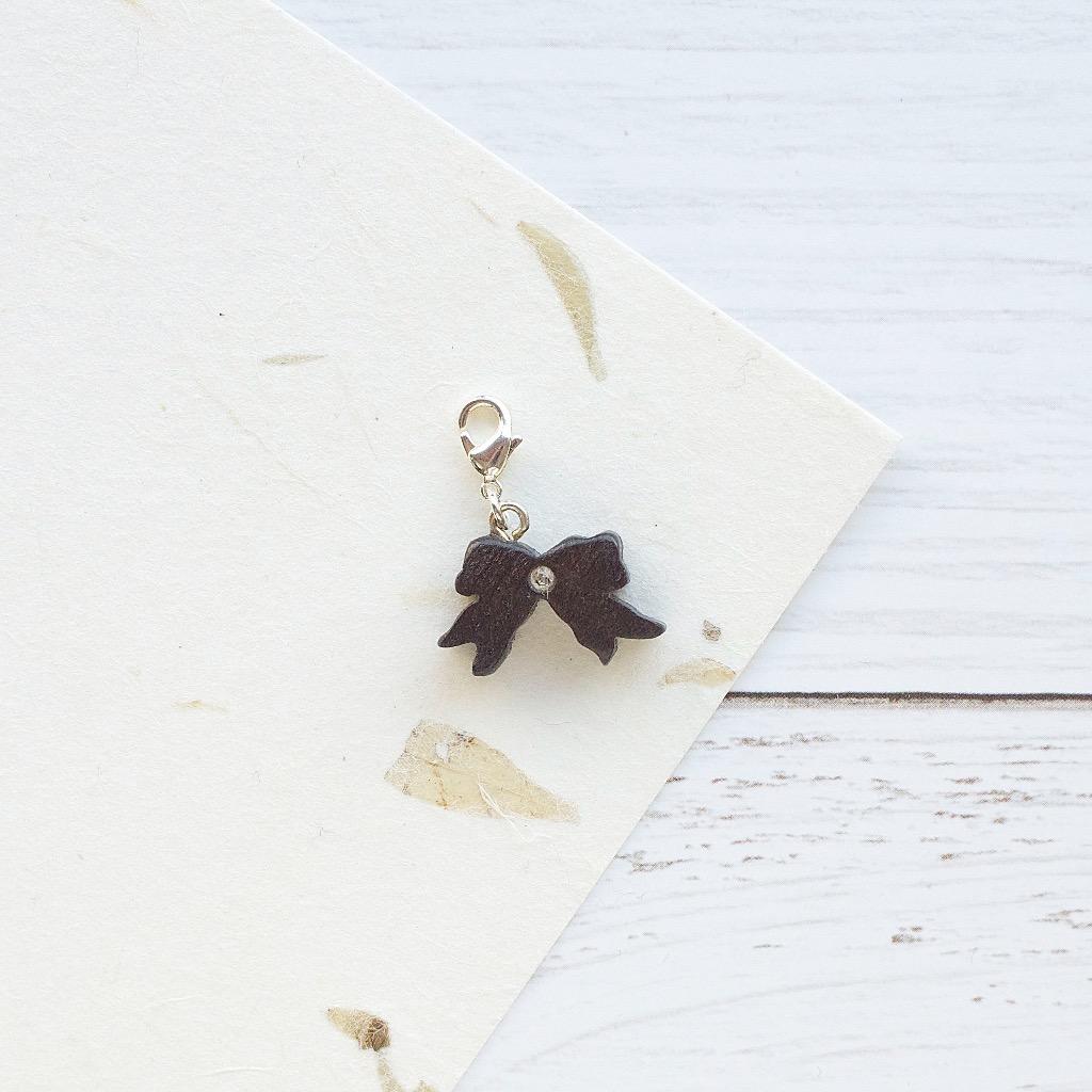 【Honeywood】手工木製吊飾 蝴蝶結。吊飾 禮物訂製