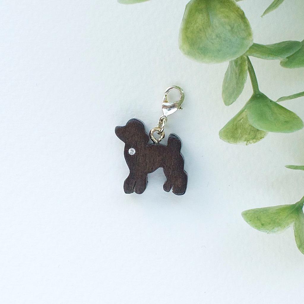 【Honeywood】木製吊飾 》》迷你貴婦犬。吊飾