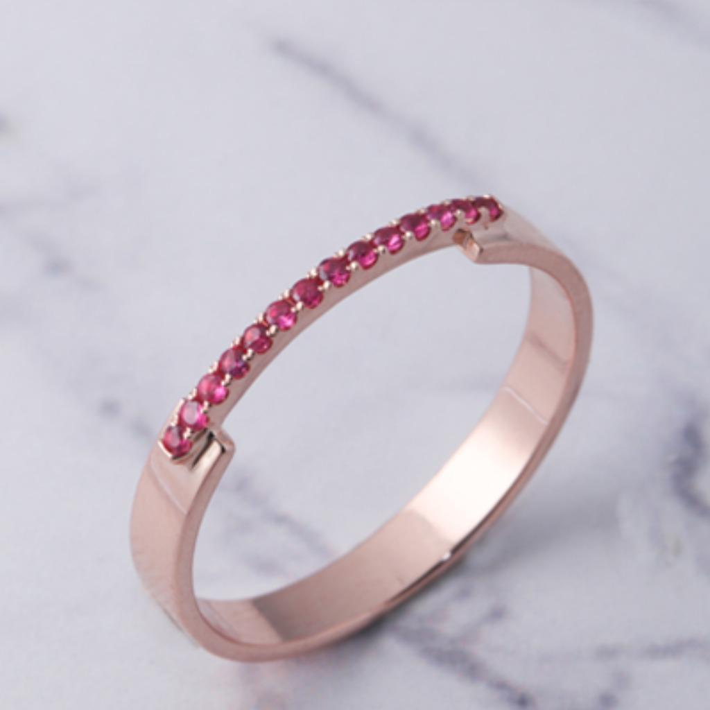 18K玫瑰金 單線條幹練戒指