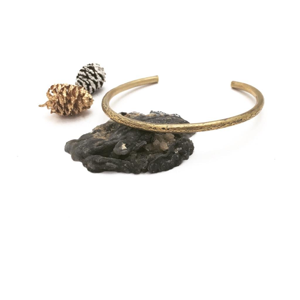 黃銅敲紋手環