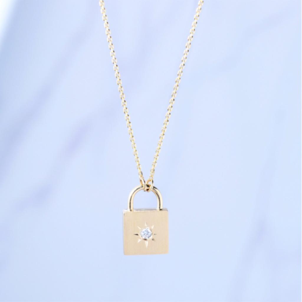 18K金 夜空寶盒鑽石墜子