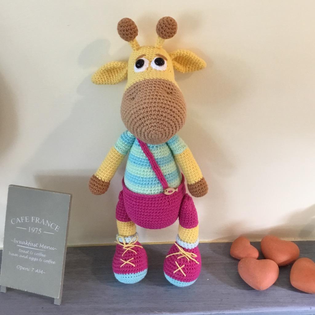 【娃娃魚】吊帶褲長頸鹿針織娃娃