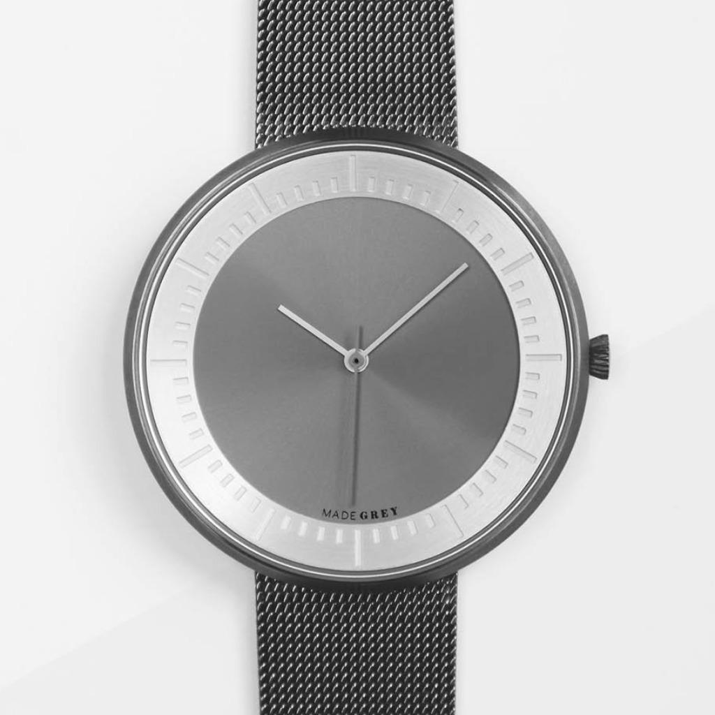 灰色 x 銀色 MG003 max | 鋼帶