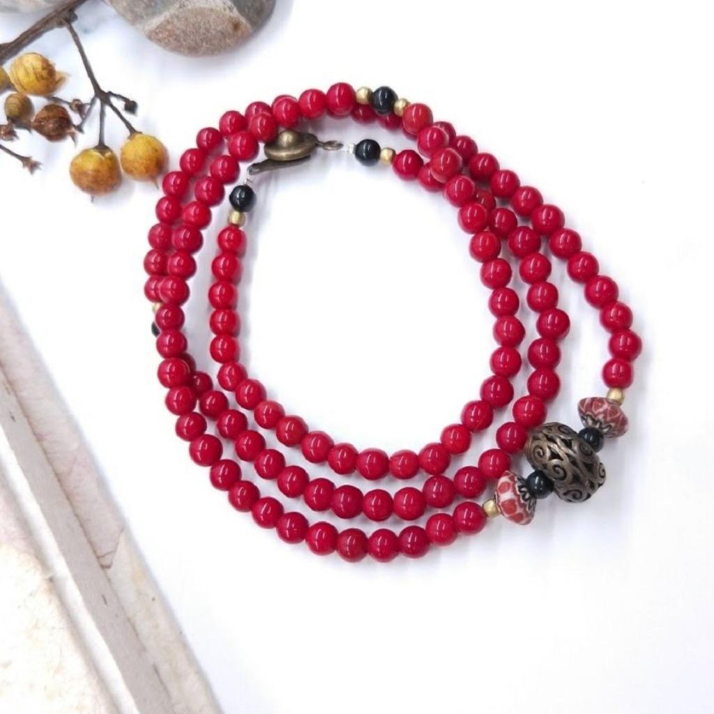 【108顆念珠系列】紅琉璃*民俗風黃銅簍空雕念珠多圈手串 / 過年送禮