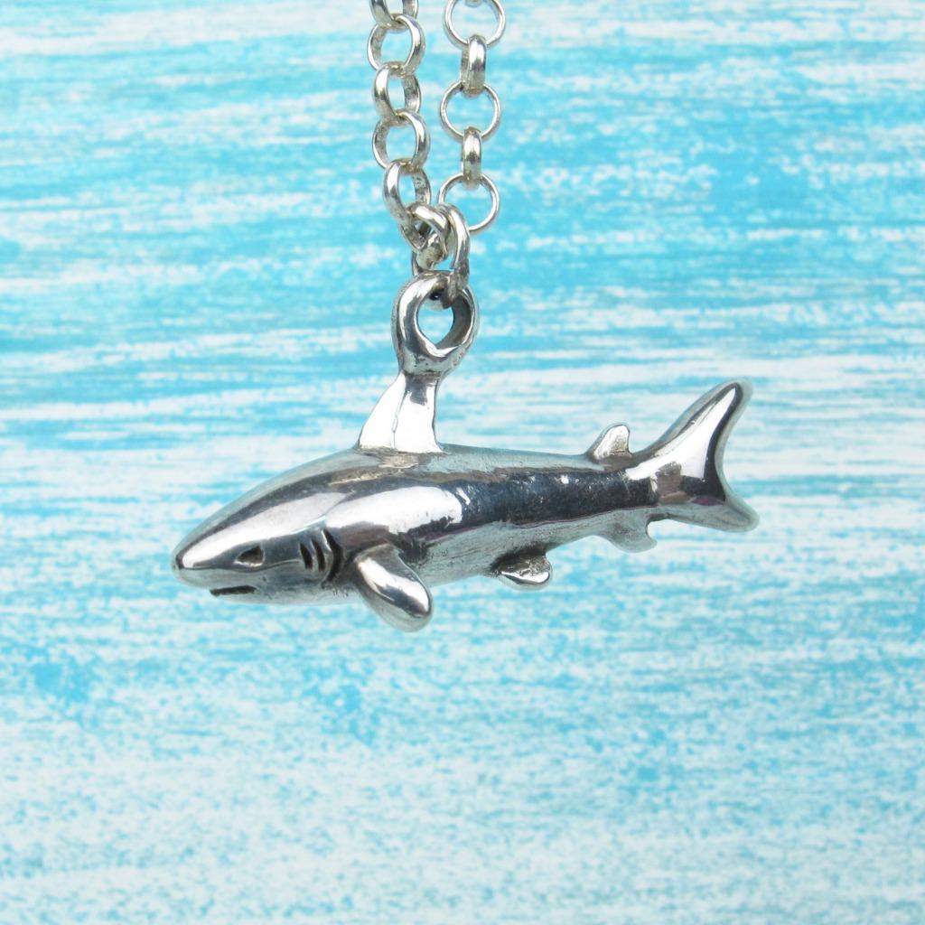 【Diving silver】925銀海洋潛水銀飾--立體鯊魚墜飾
