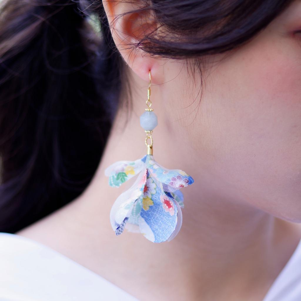 Natsuho夏帆 天藍花柄日製棉布花朵垂墜耳環