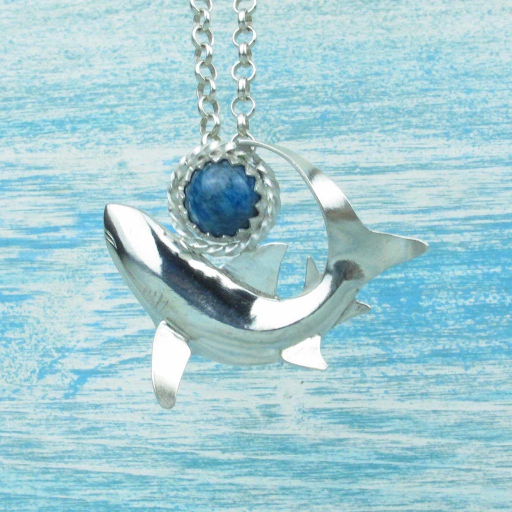 【Diving silver】925銀海洋潛水銀飾--磷灰石鯊魚墜飾