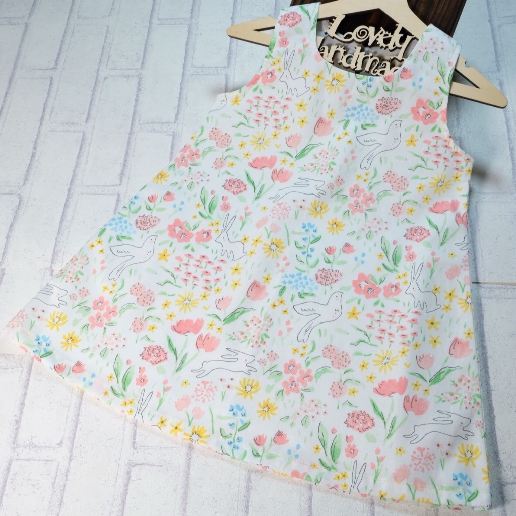 Lovely Garden Handmade Sleeveless Dress (Size140)