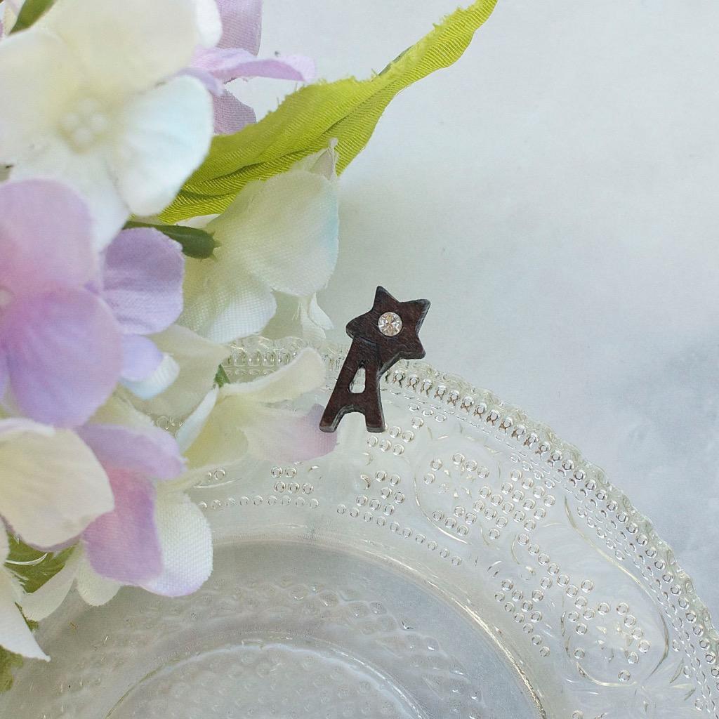 字母 A  原木手工耳環 純銀耳針 單隻 禮物訂製