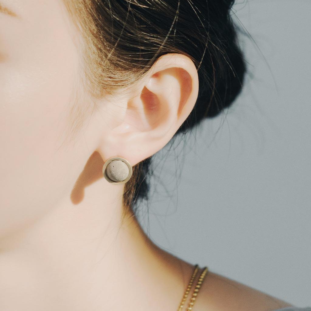 黃銅水泥貼耳針式耳環C3CraftStudio x Agaric Garden月球之旅