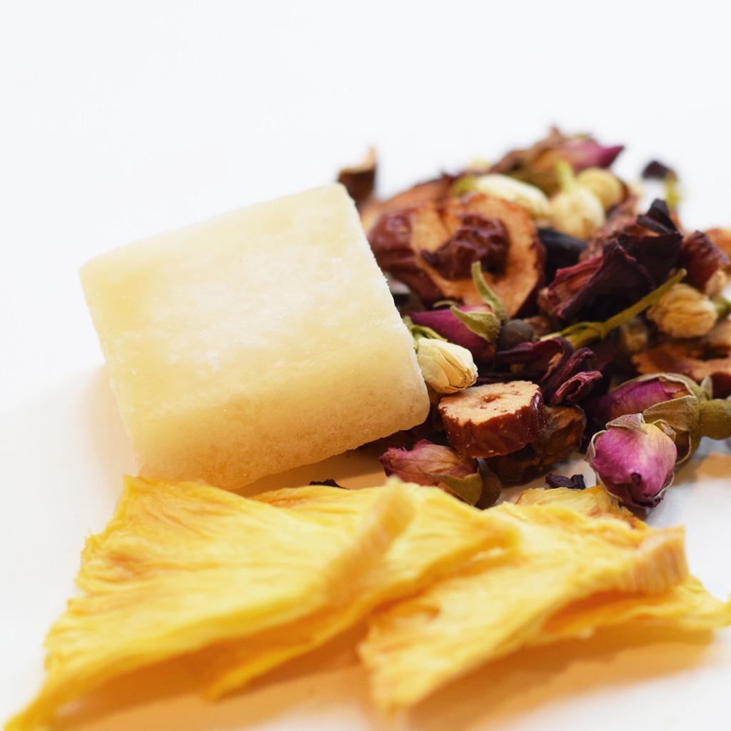 菠蘿蜂蜜花茶 Pineapple Honey Floral Tea