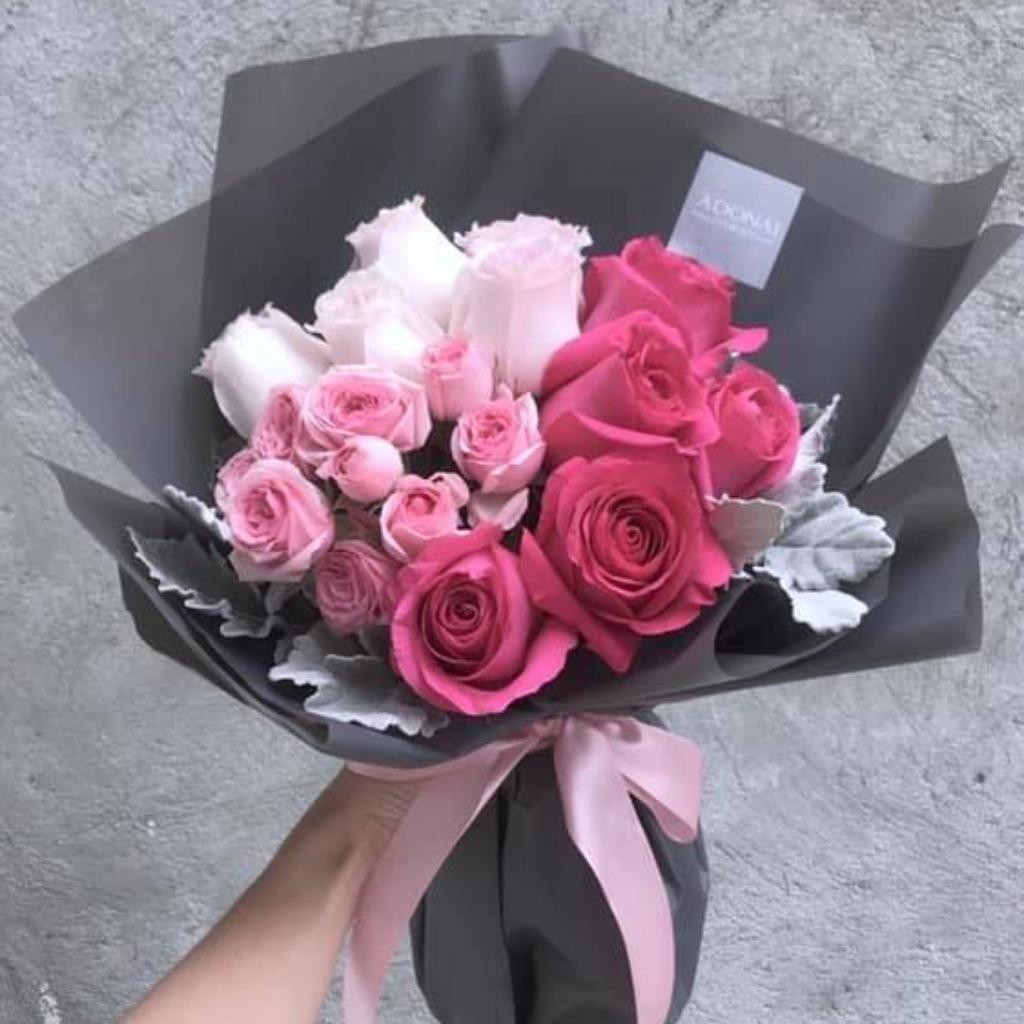Valentines Day - Gradient Pink Bouquet
