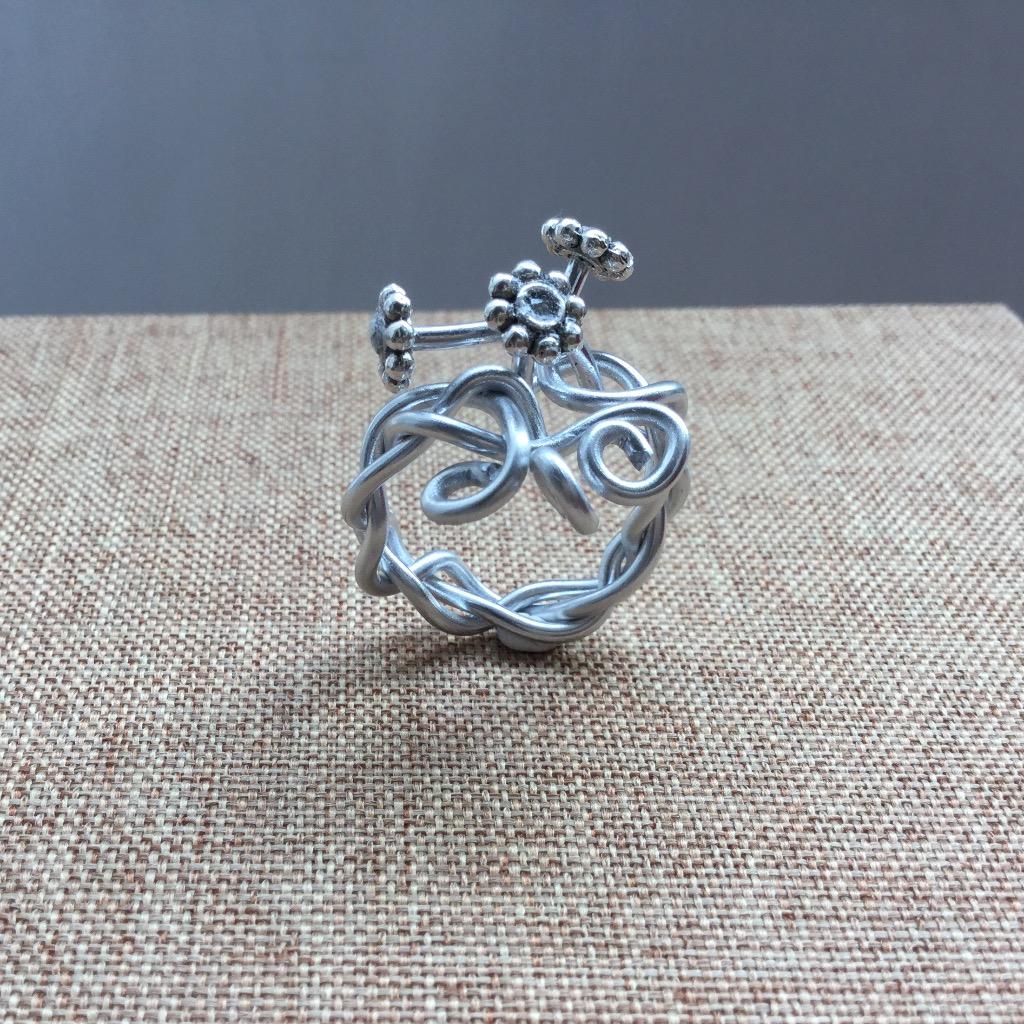 [W Bracciale] 捲捲指環:雛菊