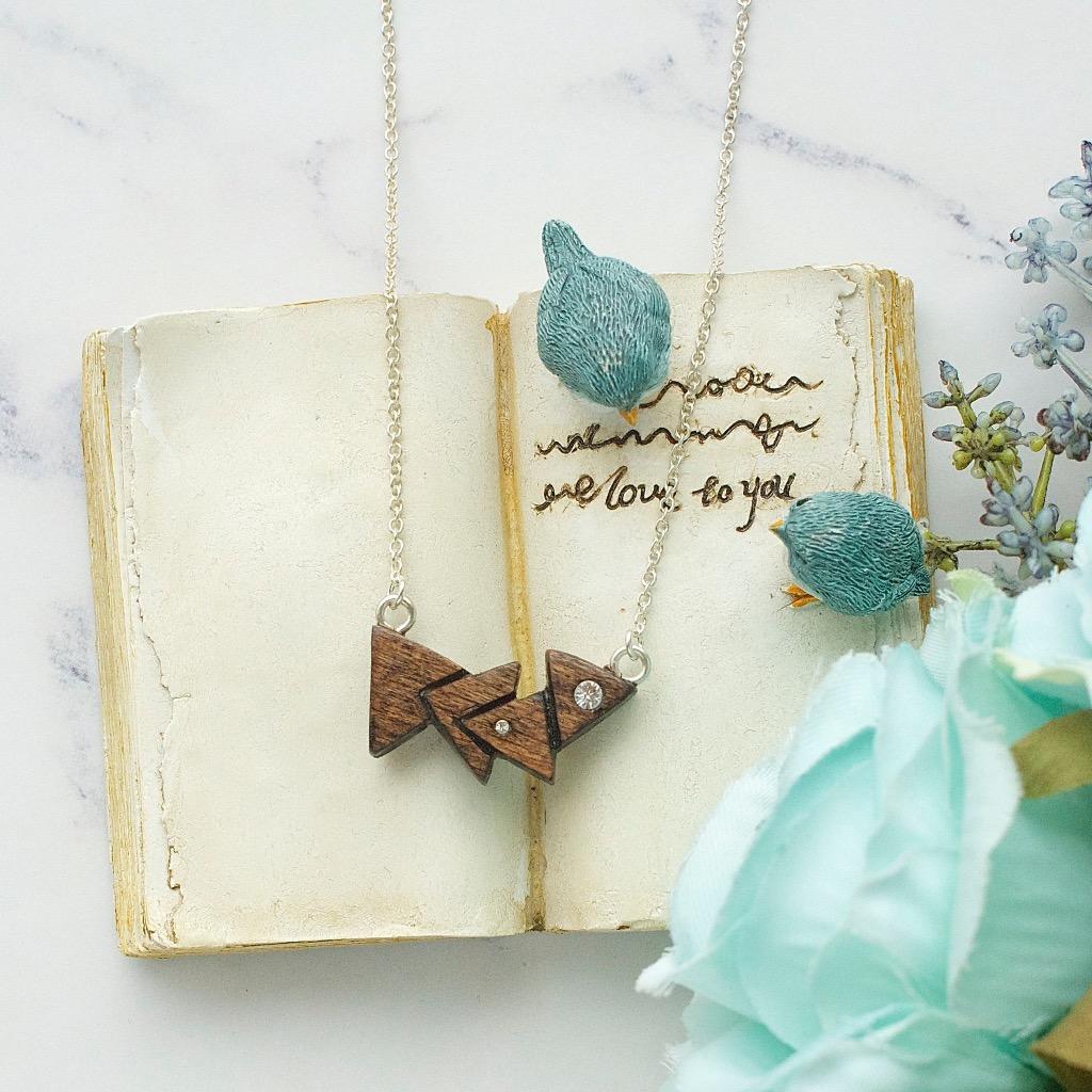 木製幾何三角頸鏈 禮物訂製