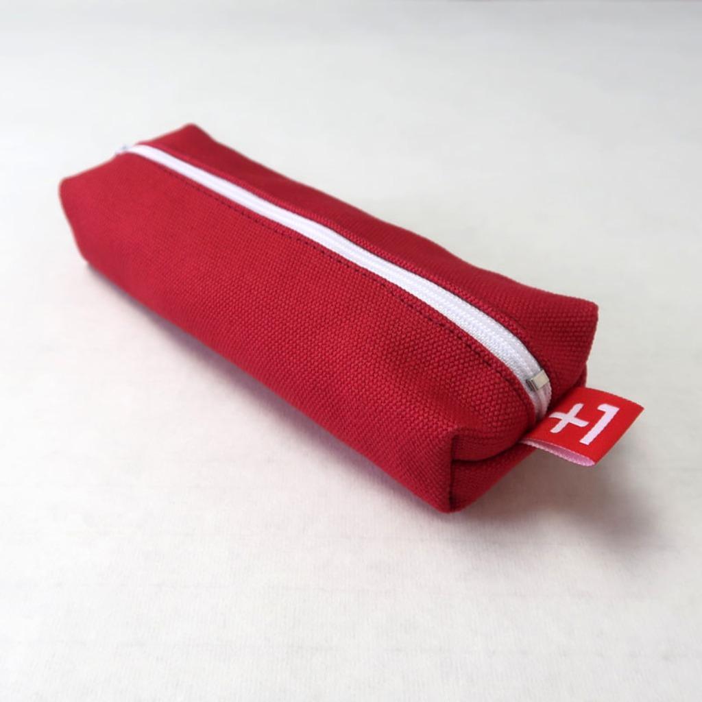 Plus 1 紅色帆布四方筆袋 Red Canvas Square Pencil Case