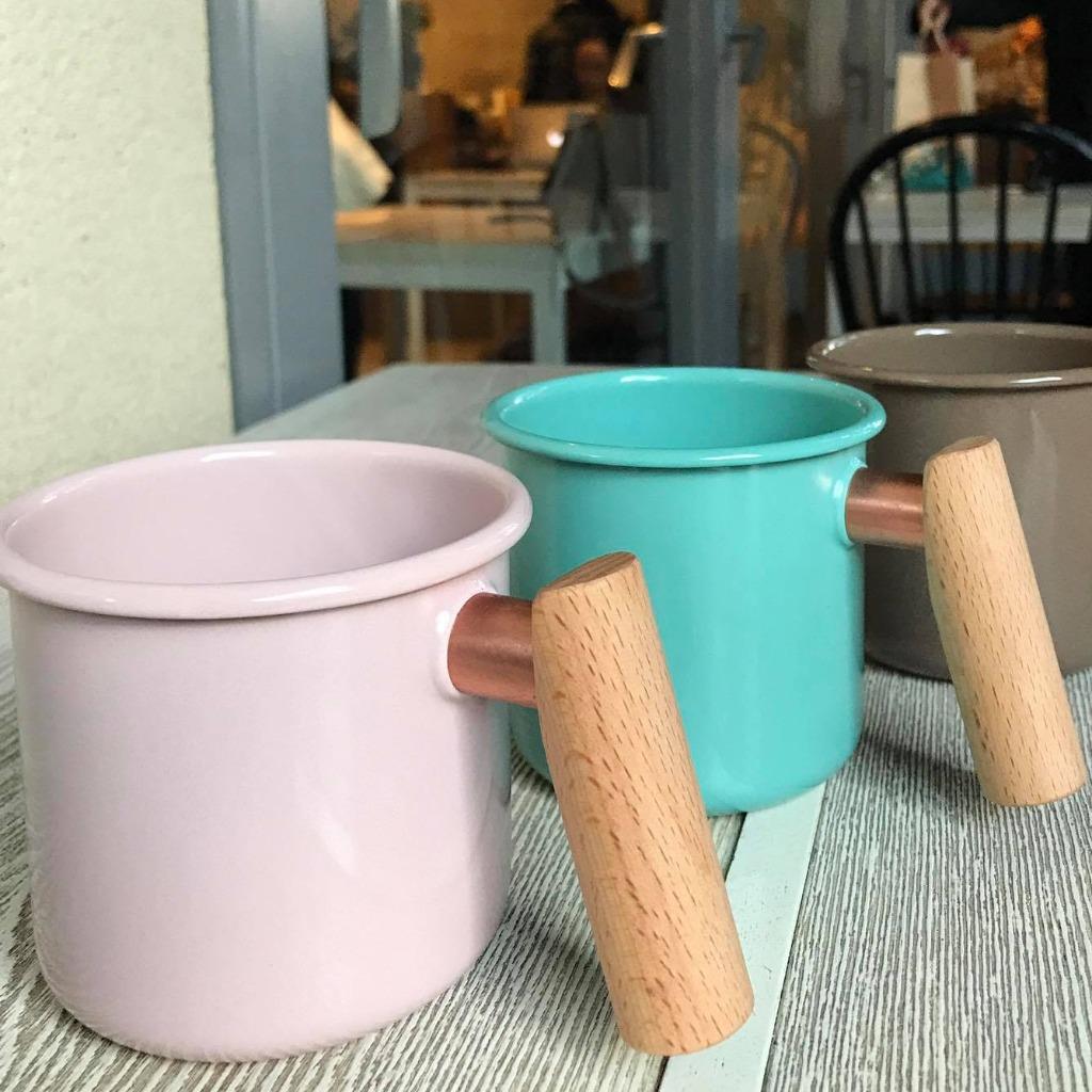 Truvii 手工木柄琺瑯杯 (淡粉紅 - 400ml)