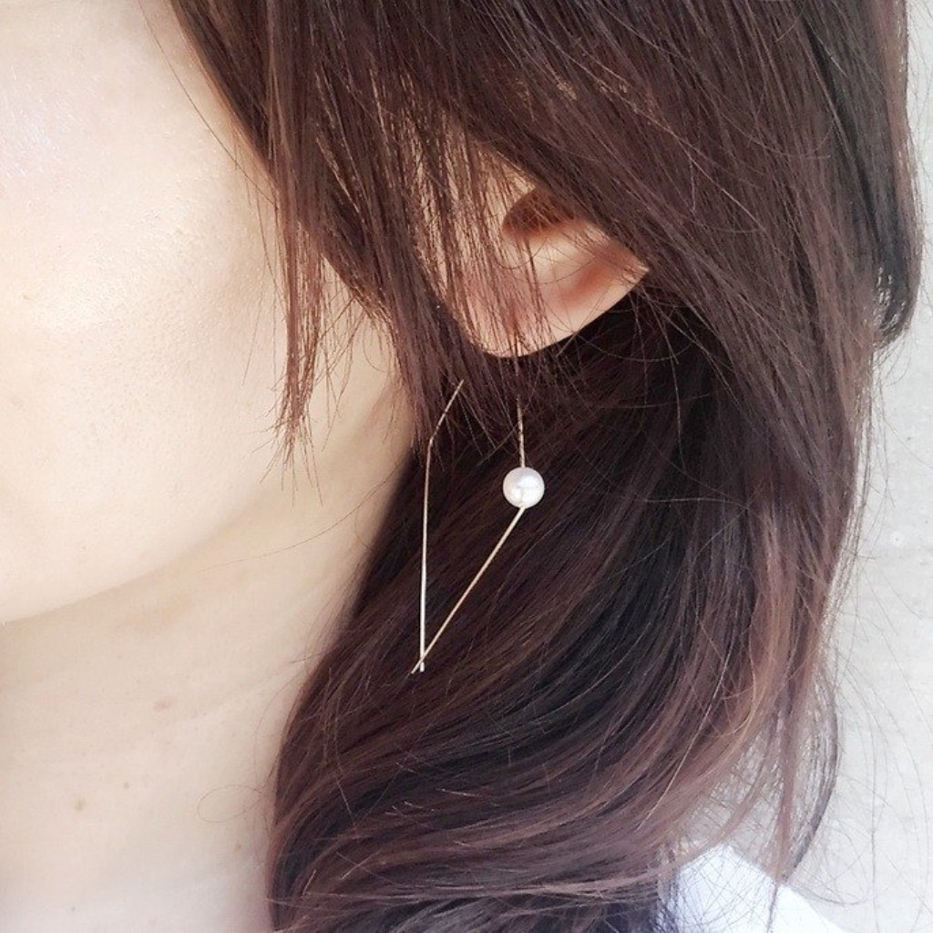 簡潔珍珠大耳環 / The one Swarovski Pearl 14KGF earring.