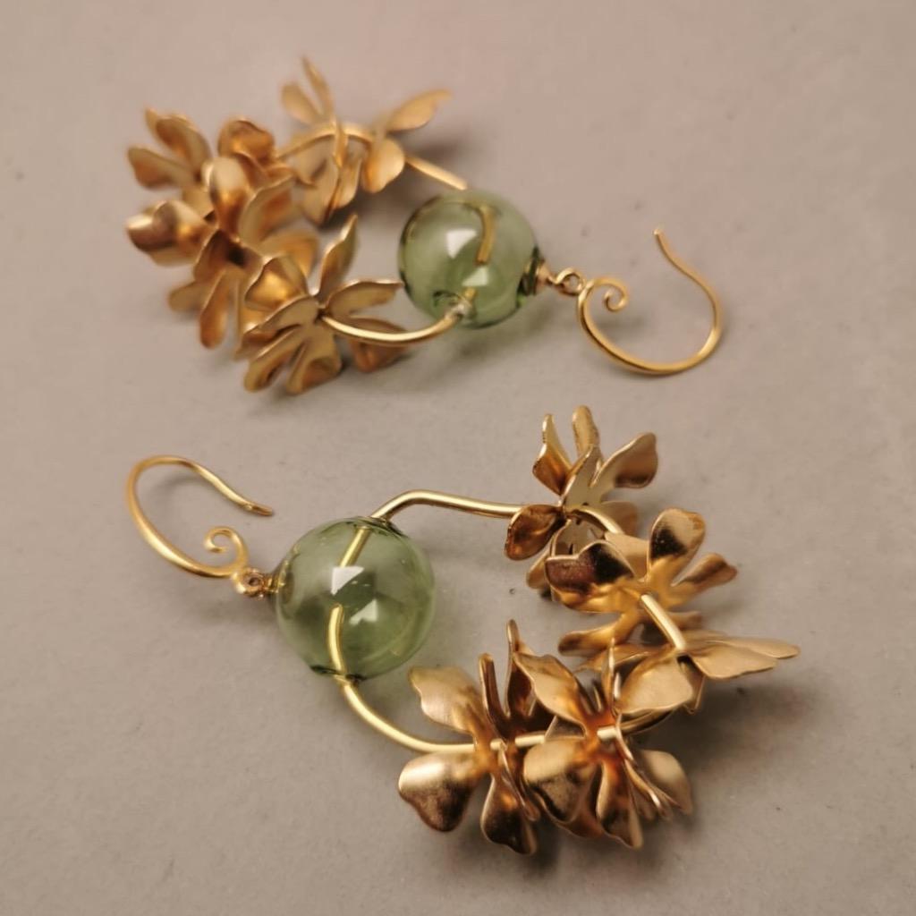 Elly w 玻璃球黃銅 耳環