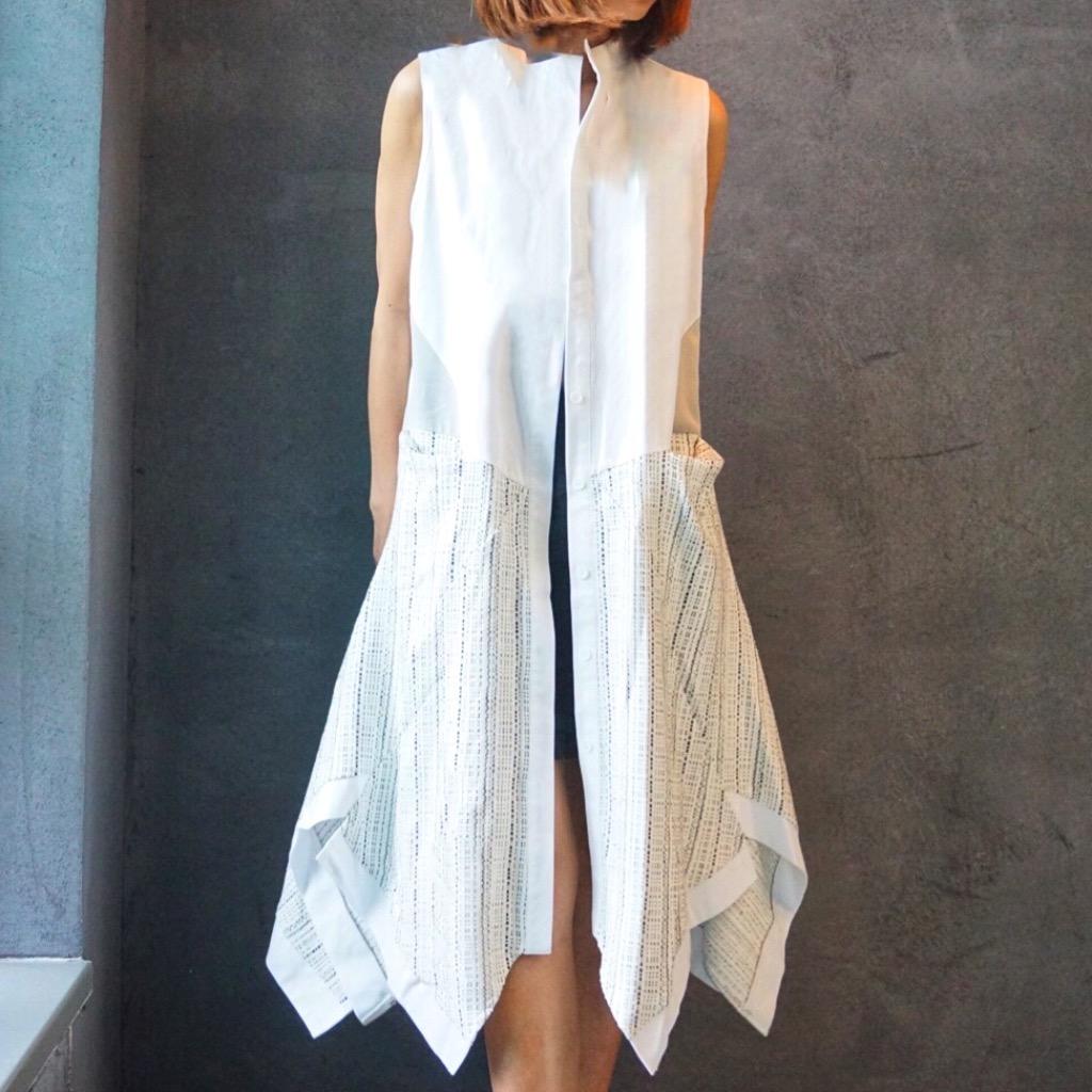 Elly w白色背心外套連身裙