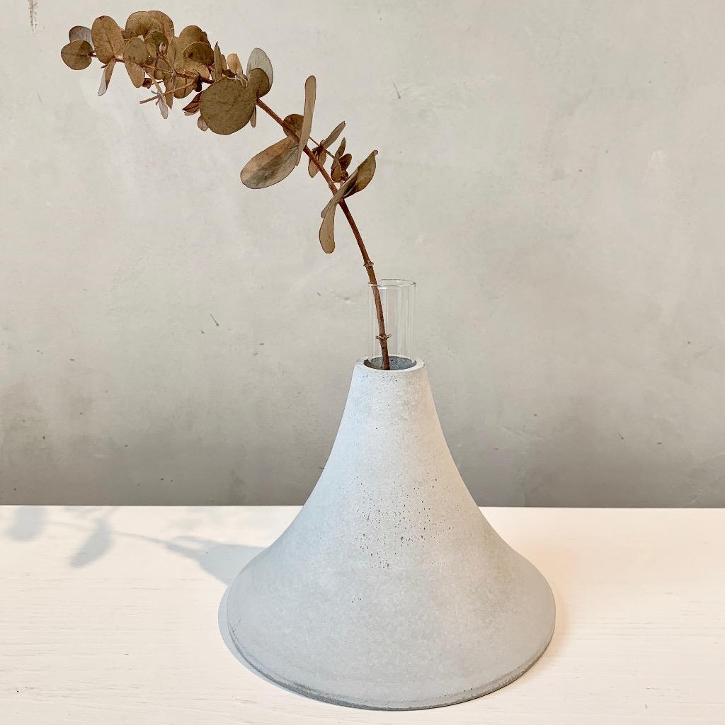 水泥花瓶 | 大型 | 高 | 灰
