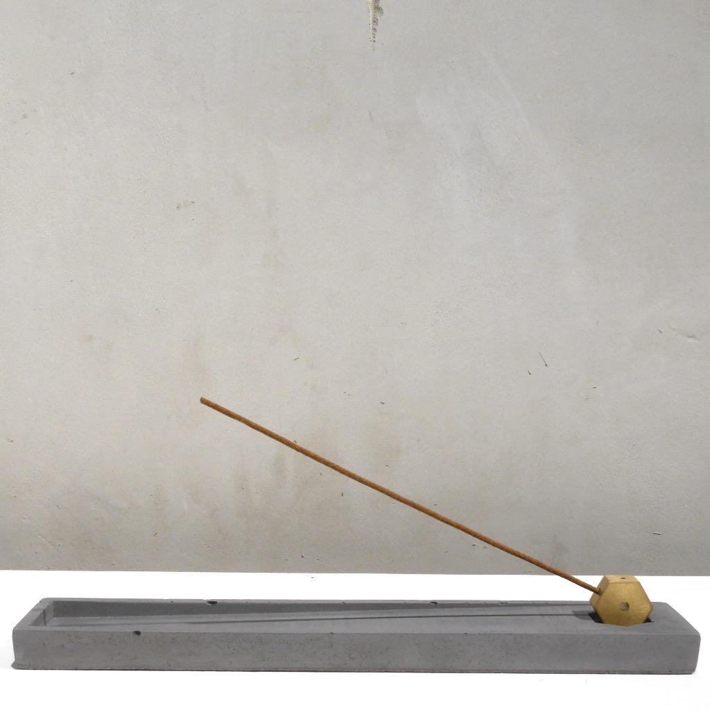 水泥x黃銅 線香座 | 長條方形 | 深灰