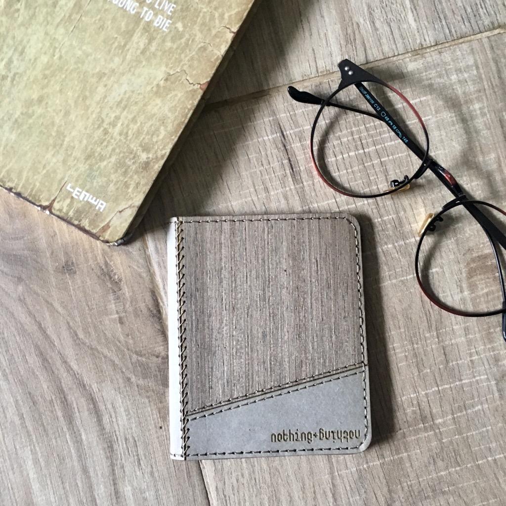 木製配洗水牛皮紙錢包