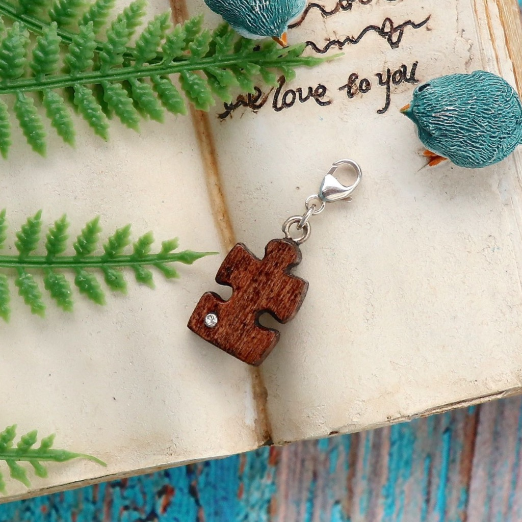 【Honeywood】手工木製吊飾 》》拼圖。吊飾 禮物訂製