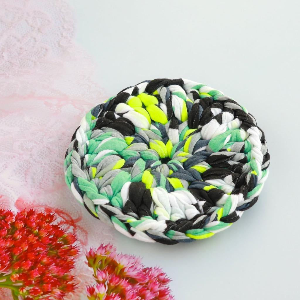 圓形 布條手工鉤織杯墊 / 隔熱杯墊 不規則圖案 綠、黑 禮物訂製