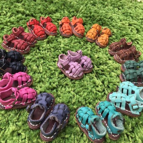 羅馬涼鞋 (Roman shoes)