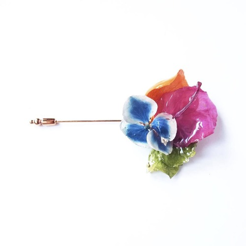 《硬膠花癡AGFC》(受注製作)全立體真花製作 14K鍍金胸針 襟針 心口針